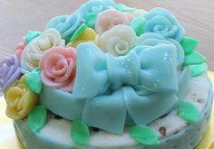 Korean icing cake