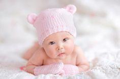Strickanleitungen für Babys zum Stricken und Häkeln