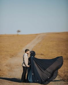 Cute Muslim Couples, Romantic Couples, Wedding Couples, Cute Couples, Bridal Dress Design, Save The Date Photos, Hijabi Girl, Family Portrait Photography, Bride Accessories