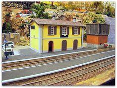 Maqueta H0-H0m de ambiente ibérico.  Estación ferrocarril vía estrecha. Escala H0m.