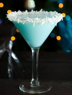 Coco Snowball...Blue Curacao and Malibu rum...Yum!