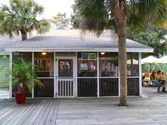 The Sea Cow Restaurant, Edisto Beach. photo by Charlotte Hutson Wrenn South Carolina Homes, Carolina Beach, Oh The Places You'll Go, Great Places, Beautiful Places, Edisto Island, Island Beach, Beach Honeymoon Destinations, Amazing Destinations