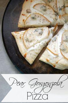 Pear Gorgonzola Pizz