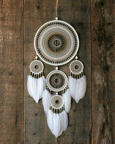 Large natural color dream catcher made by order for girl Dream Catcher Decor, Dream Catcher Mobile, Large Dream Catcher, Dream Catcher Boho, Indian Arts And Crafts, Diy Arts And Crafts, Dreamcatchers, Crochet Dreamcatcher, Dreamcatcher Keychain