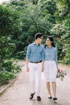 30 Ideas for fashion photography ideas outdoor inspiration Pre Wedding Poses, Pre Wedding Shoot Ideas, Pre Wedding Photoshoot, Prenup Outfit Couple, Couple Outfits, Prenup Photos Ideas, Photo Ideas, Prenup Ideas Outfits, Outfit Ideas