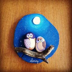 Just beautiful. Pebble Painting, Pebble Art, Stone Painting, Painting On Wood, Stone Crafts, Rock Crafts, Caillou Roche, Hobbies And Crafts, Arts And Crafts