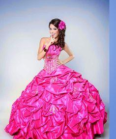 Exclusivos diseños de vestidos de 15 años   Moda para Fiesta