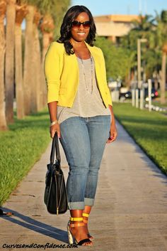 Curves and Confidence Inspiring Curvy Fashionistas One Outfit At A Time: Weekend Wear: Gap Jeans Curvy Girl Fashion, Look Fashion, Plus Size Fashion, Fashion Outfits, Womens Fashion, Fashion Trends, Petite Fashion, Fashion Bloggers, Fall Fashion