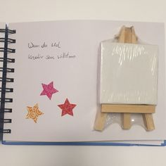 Wenn Buch Idee – Mini Leinwand: wenn du Mal kreativ sein willst If book idea – mini canvas: if you want to be creative Craft Gifts, Diy Gifts, Mini Toile, Mini Canvas, Diy Box, Birthday Presents, Mini Albums, Personalized Gifts, Diy And Crafts