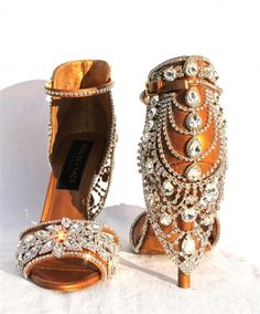 WOW~LOVE~LOVE these gorgeous Swarovski crystal bedecked heels by House of Face..LOVE 'EM!!!! ❤