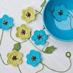 Crochet Cord, Cotton Crochet, Thread Crochet, Yarn Flowers, Flower Garlands, Crochet Flowers, Cousins, Crochet Garland, Crochet Wedding