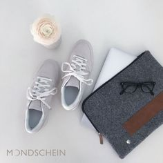 "Laptoptasche:   modernes und zeitloses Design aus feinstem Loden. 100% Merinowolle, braunes   Leder, Manufaktur. Passend für 13 Zoll, 15 Zoll und Apple MacBook----- Laptop   Sleeve: Modern and timeless Laptop Design. Bag made from Austrian loden. 100%   Merinowool, brown leather, manufactory. Fitting for 13"", 15"" and   Apple MacBook Macbook, Sneakers, Shoes, Design, Fashion, Laptop Tote, Gifts For Women, Monogram, Gift For Boyfriend"