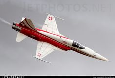 Northrop F-5E Tiger II, fighter/bomber jet, Patrouille Suisse (aerobatic team of the Swiss Air Force)