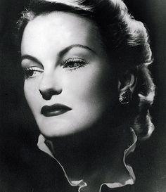 Doris Duke (11/22/1912) She and  Barbara Hutton, born a week earlier)  married the same man (Porfirio Rubirosa) briefly.