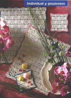 Patterns and motifs: Crocheted motif no. 696