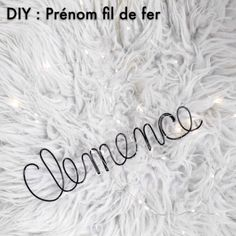 wire names diy how to make \ wire names diy how to make Diy Tableau, Wire Name, Diy Videos, How To Make, Inspiration, Names, Creativity, Yarn Flowers, Teen Diy