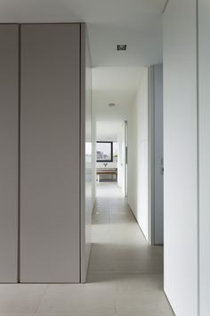 Bridge Apartment, London by Foster Lomas Architecture
