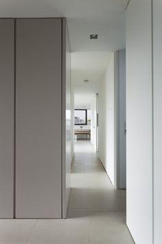 Bridge Apartment, London by Foster Lomas Architecture