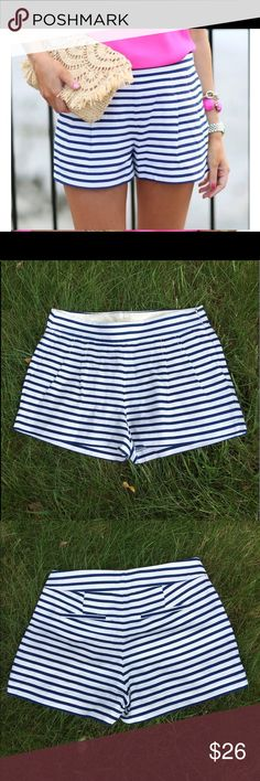 J.CREW Shorts J.CREW Pleaded Front striped Shorts, Navy blue and White color. Excellent condition. Size: 4 J. Crew Shorts
