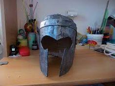 Výsledek obrázku pro rytierske helmy