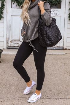 Legging Outfits, Black Leggings Outfit, Athleisure Outfits, Outfit Jeans, Cute Outfits With Leggings, Tribal Leggings, Casual Winter Outfits, Stylish Outfits, Casual Outfits For Girls