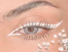 ❁꙳м α к є υ ρ꙳❁ Cute Makeup Looks, Makeup Eye Looks, Eye Makeup Art, Pretty Makeup, Skin Makeup, Eyeshadow Makeup, Beauty Makeup, Indie Makeup, Edgy Makeup