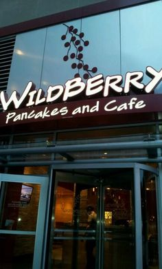 Wildberry Pancakes & Cafe - Grant Park - Chicago, IL...get the corned beef hash skillet!