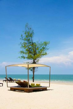 Boutique Hotel De La Paix, Cha Am Beach, Hua Hin, Thailand.