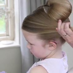 Best and Top Hairstyle Top 26 Amazing Hair Transformations - Beautiful Hairstyles Compilation Cute Little Girl Hairstyles, Baby Girl Hairstyles, Top Hairstyles, Wedding Hairstyles, Fawn Hair Color, Chignon Simple, Peinado Updo, Girl Hair Dos, Toddler Hair