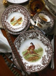Collect Transferware - Spode for your Thanksgiving table. Turkey Plates, Turkey Dishes, Spode Woodland, China Patterns, Decoration Table, Place Settings, Table Settings, Vintage China, Decorative Plates