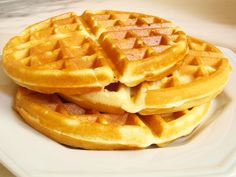 So fluffy and delicious. Homemade Breakfast, Sweet Breakfast, Biscotti, Pancakes And Waffles, Waffle Recipes, Sin Gluten, Cake Cookies, Cupcakes, No Cook Meals