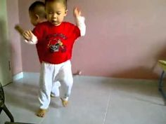 This is so cute!!  Twins Gangnam Style