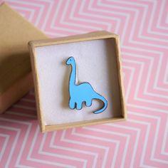 Pin's dinosaure bleu - Pin's en #émail bébé #dinosaure - #Broche dinosaure #bleu - #Bijou dinosaure - Pin's #dino #Brooch #badge #pins par #PicEtPatchEtColegram sur #Etsy https://www.etsy.com/fr/listing/548921133/pins-dinosaure-bleu-pins-en-email-bebe