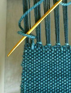 tutorial: The hemstich, a favorite way to finish hand woven fabric. It's simple, secure and very beautiful! via purl sohoIneed this tip when Ifinish my weaving stick scarves! Finishing with Hemstitch - Weaving Tutorials - Knitting Crochet Sewing Embroider Inkle Weaving, Inkle Loom, Card Weaving, Weaving Art, Tapestry Weaving, Weaving Textiles, Weaving Patterns, Craft Patterns, Stitch Patterns
