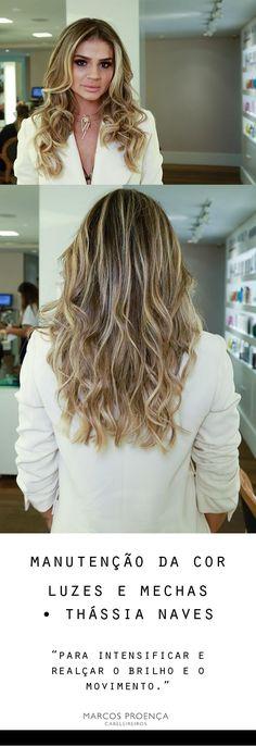 Luzes para intensificar a cor e o movimento dos cabelos da blogger Thássia Naves