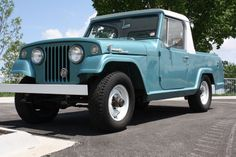 1968 Kaiser Jeep Jeepster Commando pickup truck. Love the Empire Blue color!