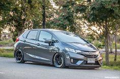 GK Honda Jazz, Honda Fit, Jdm Imports, Evo X, Acura Tsx, Rims For Cars, Car Goals, Fit Car, Japan Cars