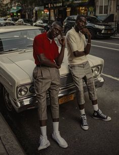 Black Photography, Photography Poses For Men, Artistic Fashion Photography, Photography Aesthetic, Editorial Photography, Black Boys, Black Men, Estilo Hip Hop, Look Man