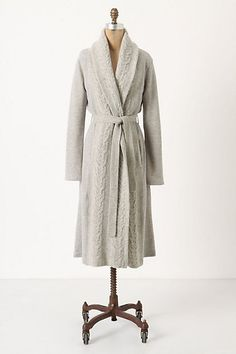 LOVE this robe! Wondering though about the torso length...I am tall and seem to have trouble with this. Anyone else with me?