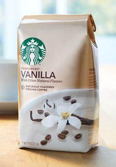 Information about a natural fusion of coffee and vanilla from Starbucks. Starbucks Coffee Beans, Starbucks Vanilla, Starbucks Recipes, Coffee Packaging, Coffee Company, Frappe, Coffee Love, Cake Designs, Hot Chocolate