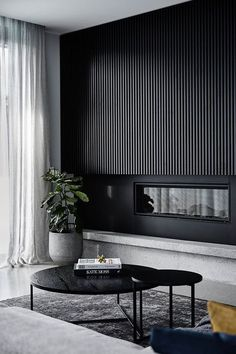 Black on black: A sleek and dramatic home tour. Black timber panel wall in livin. Black on black: A sleek and dramatic home tour. Black timber panel wall in living room, architectural timber panel wall, timber panel detailing in home Interior Design Minimalist, Modern Home Interior Design, Minimalist Room, Luxury Interior, Interior Designers Melbourne, Modern Classic Interior, Monochrome Interior, Contemporary Classic, Modern Design