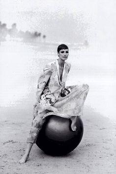 Giorgio Armani, American Vogue, April 1993. Photograph by Peter Lindbergh.