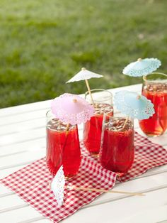 How to make your own drink umbrellas #crafts #diy