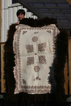 Sheepskin Rug, Quilts, Blanket, Rugs, Products, Farmhouse Rugs, Blankets, Patch Quilt, Kilts