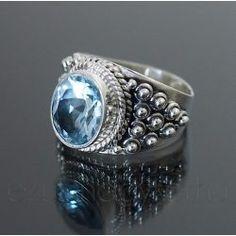 Kék topáz ezüst gyűrű Class Ring, Silver Rings, Jewelry, Jewlery, Bijoux, Schmuck, Jewerly, Jewels, Jewelery