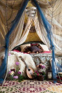 Rustic Vintage Bohemian Bedroom Decorations Ideas 21