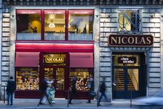 Nicolas retail design by Lonsdale Design