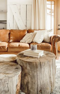 Make this beautiful tree stump coffee table and skip the middleman! They are so … Make this beautiful tree stump coffee table and skip the middleman! They are so unique and versatile! Tree Stump Coffee Table, Diy Coffee Table, Decorating Coffee Tables, Diy Table, Ideas For Coffee Tables, Cofee Tables, Tree Trunk Table, Garden Coffee Table, Stylish Coffee Table