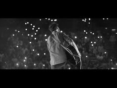 Amazing to think this guy was busking on street corners a year ago and now playing worldwide! Passenger - All The Little Lights - Official Tour Video
