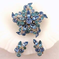 Retro Vintage Singed Eisenberg Ice Blue Rhinestone Brooch Earrings Set Multiple Tier Light Blue Crystals Silver Rhodium Plate High End Set